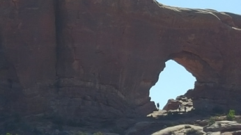 Arches 32